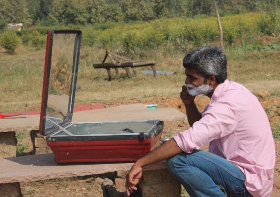 Shantanu peforming Solar Shave ;-)